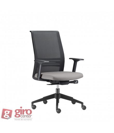 Cadeira Ágile Presidente - Base Nylon Preta